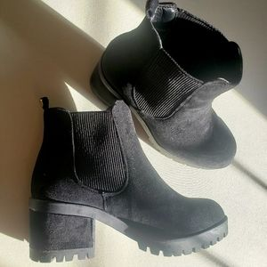 Black Basic Booties